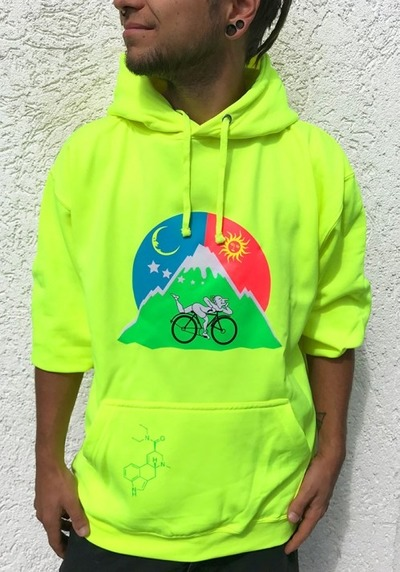 neon-albert-hofmann-hoodie-lsd-drugs-psychedelic-goa-klamotten-monotobi-kleidung-pullover-lsd-acid-drugs-uv-3d-psy-schwarzlicht-festival von MONOTOBI  ॐ Psy-Hippie-Goa-Shop