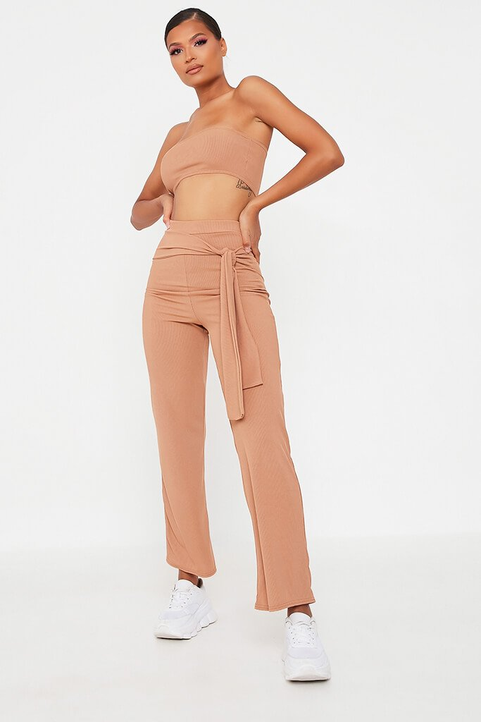 Camel Bandeau Top And Tie Front Trousers Set - 14 / BEIGE von ISAWITFIRST.com