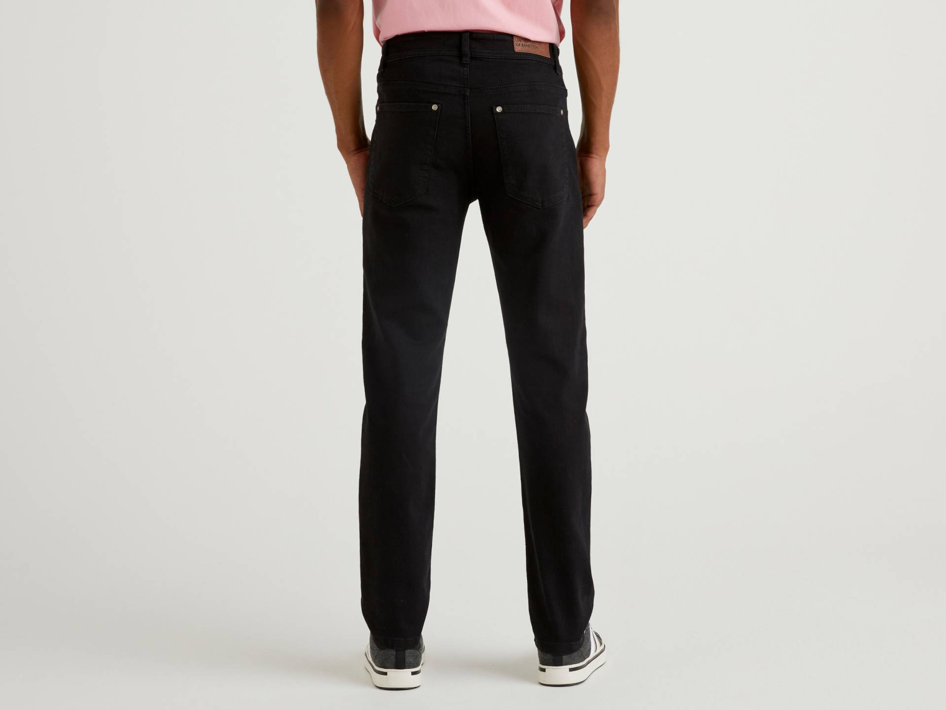 Benetton, Slim-fit-jeans, taglia 40, Schwarz, Herren von United Colors of Benetton